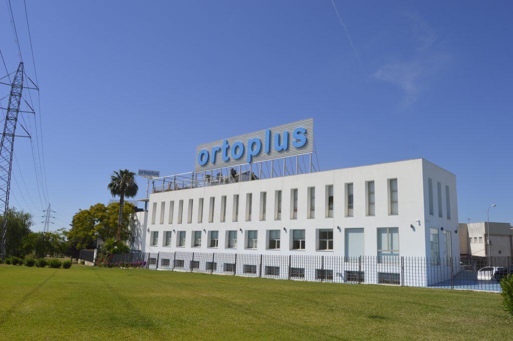 Instalaciones grupo dental Ortoplus Málaga